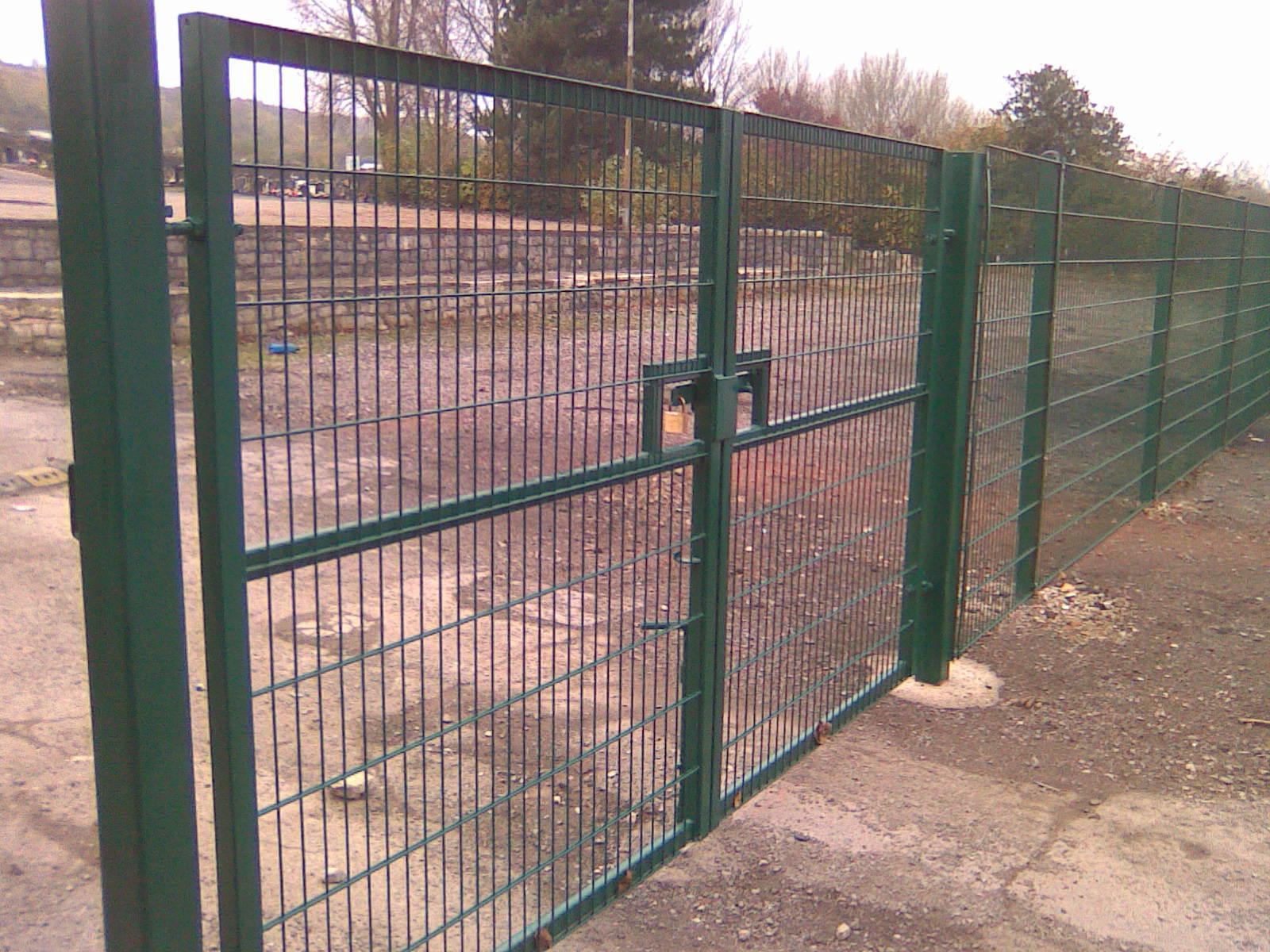 Palisade Amp Mesh Security Fencing Prinford Fencing